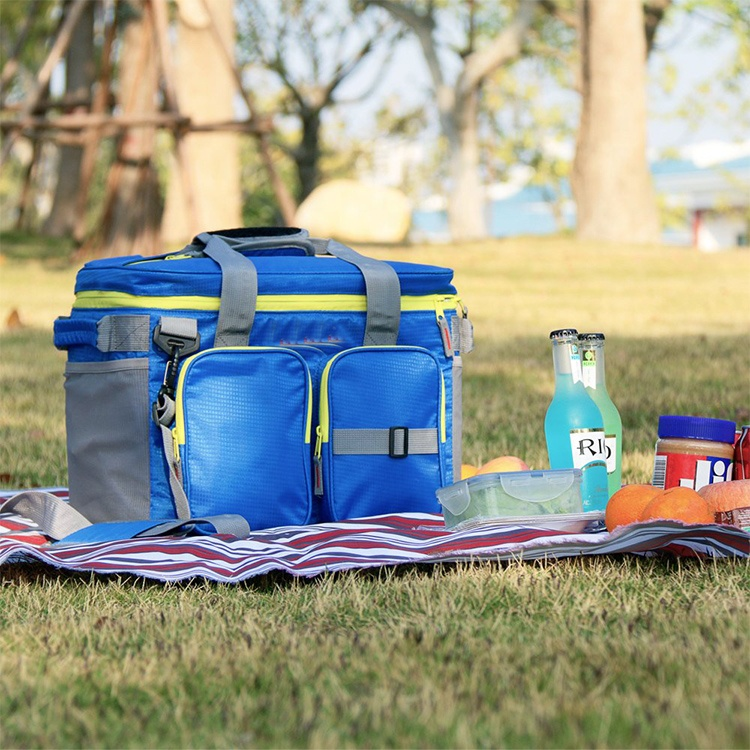 Wholesale Outdoor 24 Can Soft Cooler Bag with Adjustable Shoulder For Camping Fishing