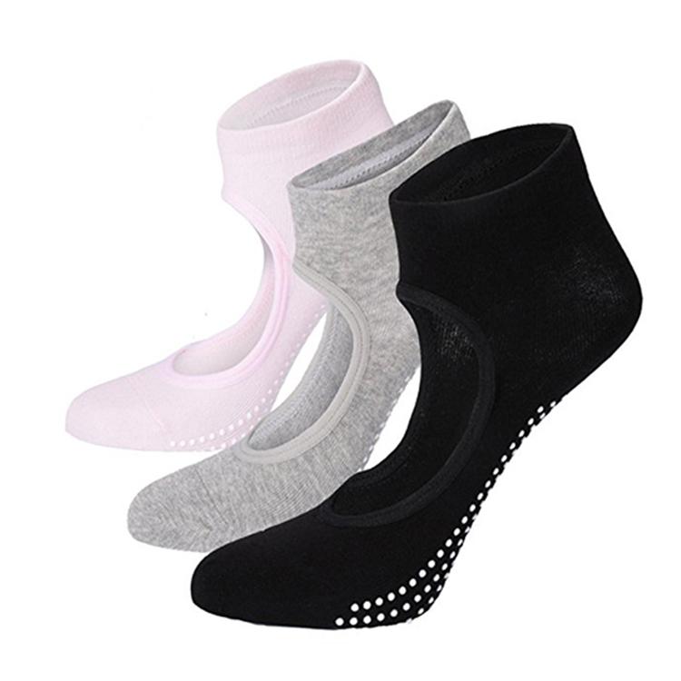 non slip socks yoga socks Featured Image