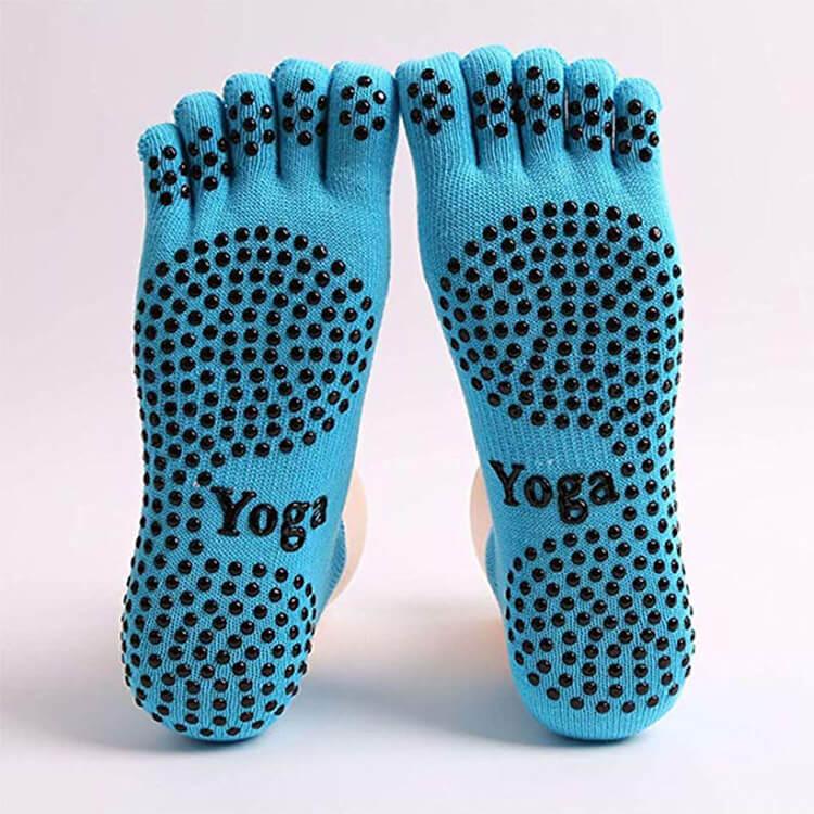 anti slip yoga sock-1 Featured Image
