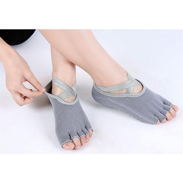 grip socks Featured Image